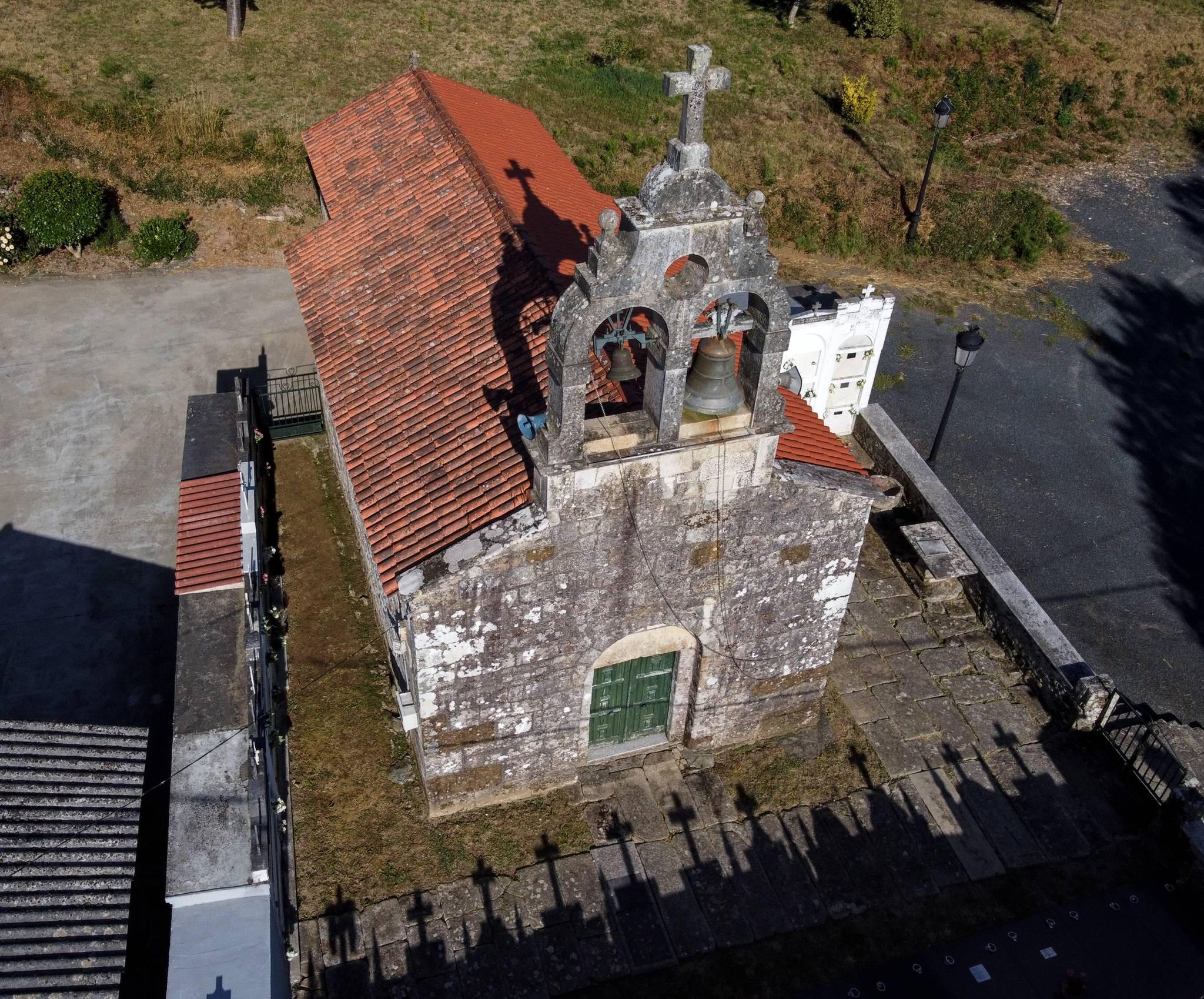 Igrexa de San Martiño de Oleiros