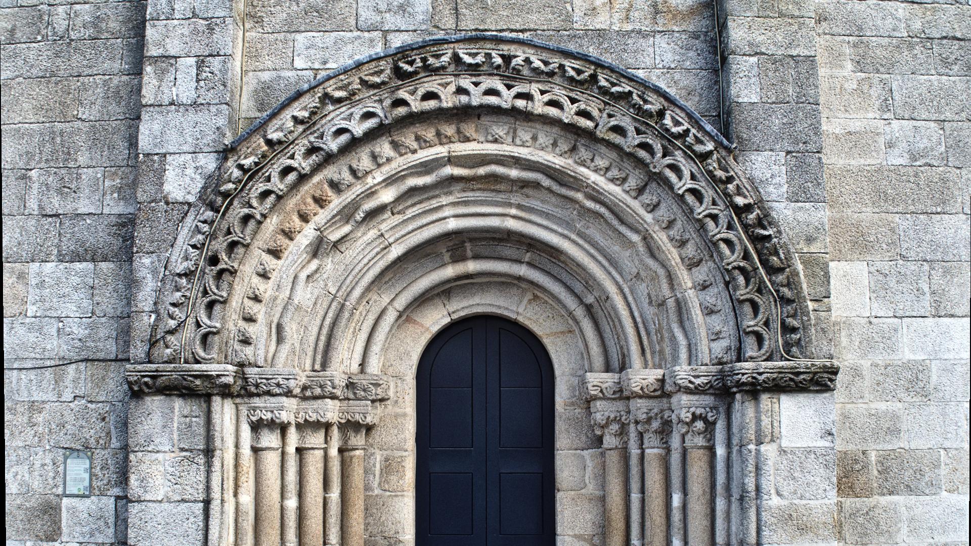 Portada da Capela de San Roque